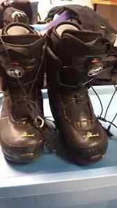 Ladies snow board boots  Edmonton Edmonton Area image 1