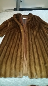 Oscar de la Renta Real Mink Fur Coat - 1000 $ negotiable