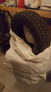 "16"" Avalanche Snow Tires - 225/70R16"