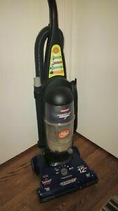 Bissell Powerforce Bagless Vacuum