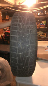 Winguard Set of 4 Winter Tires 215/65R15