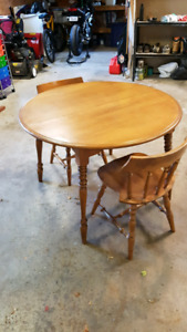 Kitchen Table w/ Chairs and 2 Inserts