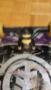 Lightly used skateboard full deck with extra board/bearings Kitchener / Waterloo Kitchener Area image 3