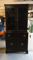 Cabinet antique/Antique cabinet