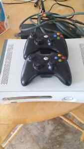 Xbox 360/ 2 controllers