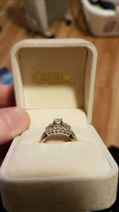 Real Canadian diamond engagement ring and wedding band