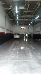 Commercial Unit For Rent Over 4,500sq