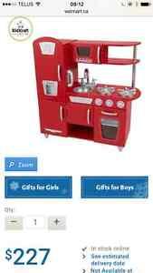 Brand New in Box Kidkraft vintage kitchen in Red