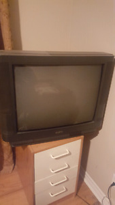 """Sanyo 22"""" tube tv with remote $25"""