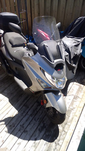 2008 Kymco. Exciting 500 cc