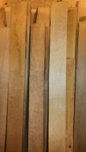 Planches d'érable et de chêne