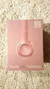 Beats By Dre Solo2 Wireless Headphones