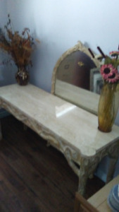 BEAUTIFUL HALL TABLE WITH LARGE MIRROR