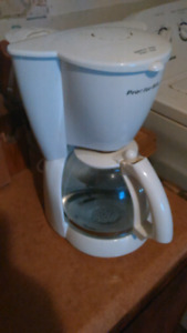 Drip Coffee maker 15$ OBO
