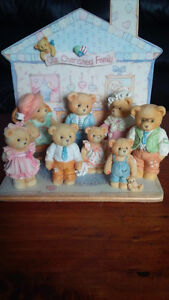 Our Cherished Family - Cherished Teddies