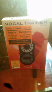 Roland Vocal Trainer VT-12