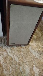 Emplificateur Yamaha avec 2 haut parleurs Advents originaux Gatineau Ottawa / Gatineau Area image 2