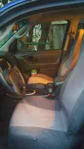 **reduced for quick sale** 2005 ford escape AS IS** London Ontario image 3