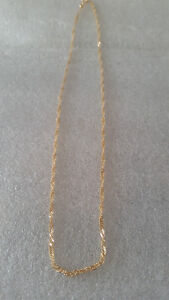 18k thin twisted yellow gold chain -$40