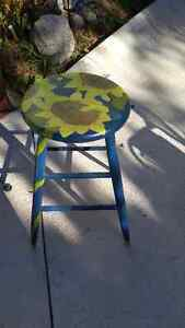Hand Painted Stool with Sunflowers Cambridge Kitchener Area image 1
