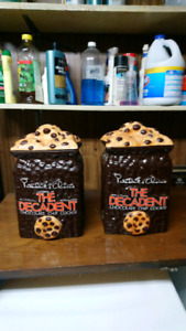 Two presidents choice cookie jars