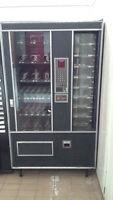 beverage vending machine-Candy vending machine with cold section