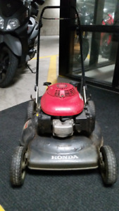 "Honda Lawnmower HRS216PDC 21"" Blade - 5.5 HP"