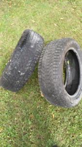2 pneu hiver 215/5517