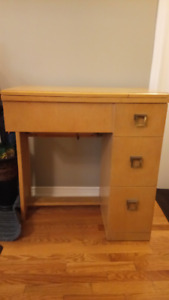 Sewing machine table - converts to student desk!