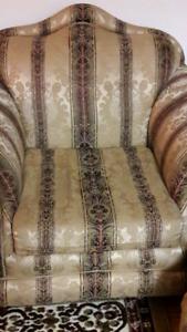 Sofa set to sell