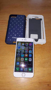 Apple Iphone 6 - 64g - gold and Otterbox - MINT CONDITION