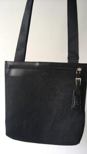 Authentic Gucci Unisex Crossbody Messenger Bag