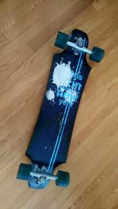 Bustin Longboard complete with extra deck