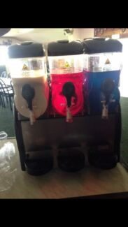 Slushy machine hire $150 twin barrel slushy Maida Vale Kalamunda Area Preview