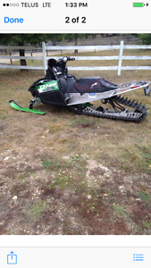 2 arctic cat sleds for sale 1 09 m8 turbo 162 1 2007 m1000