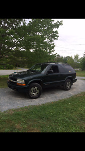 **MUST SEE** 2003 CHEV BLAZER NO ISSUES GREAT SHAPE