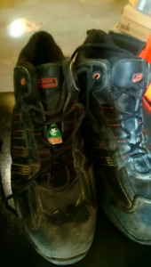 Harley Davidson steel toe csa approved work boots. Size 12