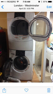 Washer n dryer full size stackable