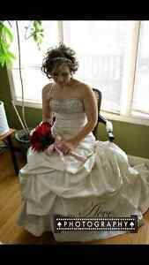 Beautiful Couture Wedding Dress Kitchener / Waterloo Kitchener Area image 1