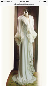 Victorian robe new value $149. US
