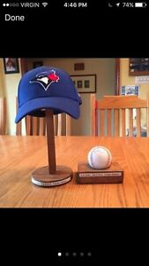 Sign hat & ball by R.A Dickey Peterborough Peterborough Area image 1
