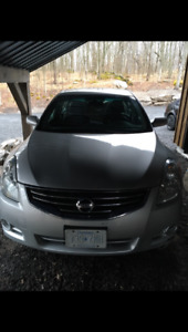 2011 Nissan Altima Grey Sedan