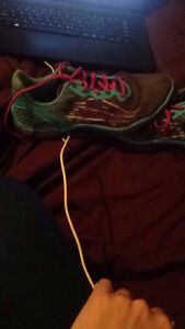Under armour running shoes size 8 London Ontario image 2