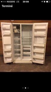 Réfrigérateur GE 1998 200$ livraison poss
