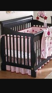 Bily 4 in 1 Crib for sale