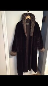 Ladies Faux fur winter coat West Island Greater Montréal image 1