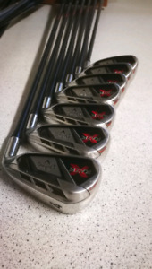 Callaway Razr X Irons Set - 4-PW Right Hand - Graphite