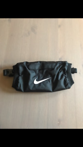 Youth Nike Pro Hyperwarm Football Hand Warmer