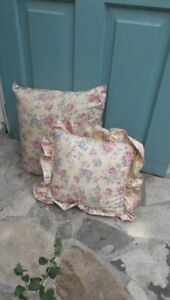 Pair of Pretty Vintage Floral Pillow Pale Yellow Pink Roses