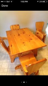 Pine kitchen table and chairs Kawartha Lakes Peterborough Area image 2